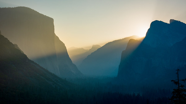 Yosemite Valley Sunrise Tunnel View