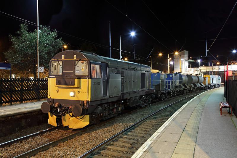 20905 & 20901 at Shipley
