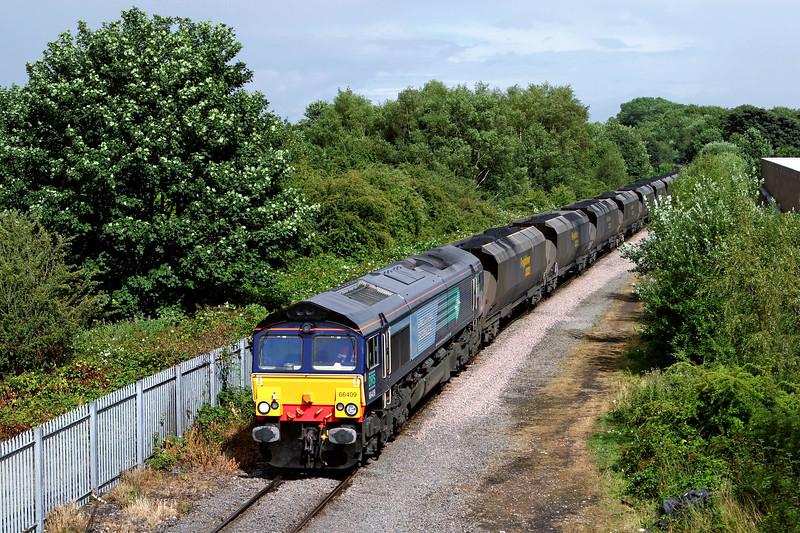 66409 at Southcoates Lane Bridge, Hull
