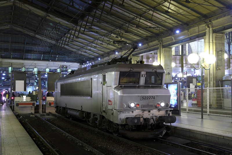 522274 at Paris Gare Du Nord