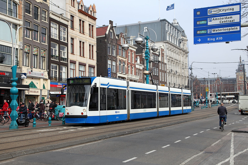 2111 on Damrak, Amsterdam