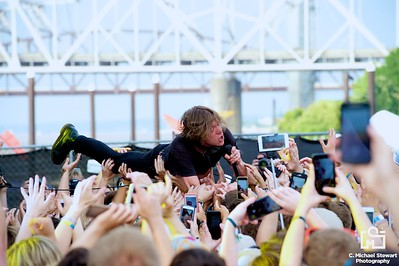 Cage The Elephant Forecastle