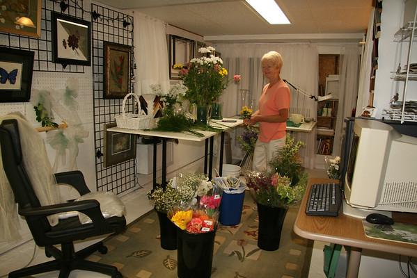 June 5, 2008 - Flower Preparation