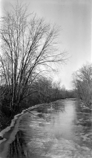 #119 Red Cedar River (Lansing) back way to Aggies Athletic field from S Harrison December 1917