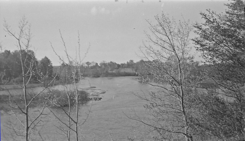 #23 Start of Spring - Grand River from Eaton Shores (end of Jolly rd) May'45