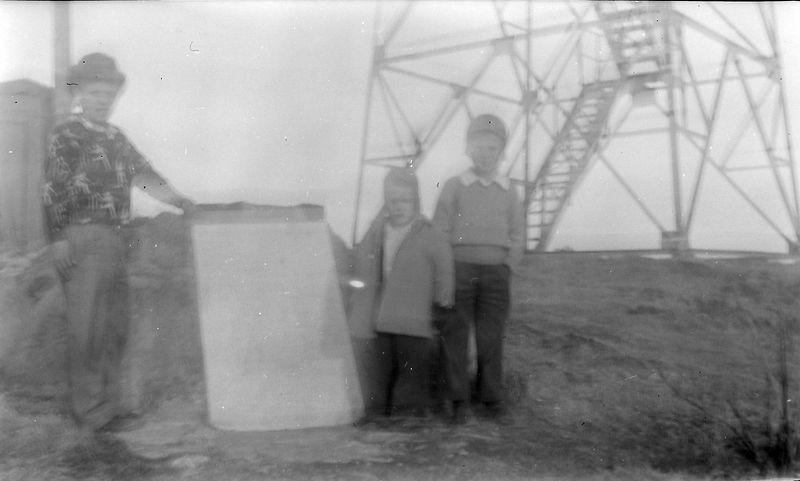 #290 Winston&Kenyon&Malcolm Stebbins Brasstown Bald Ga 28 Dec'51