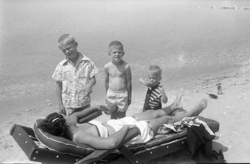 #212 Virginia-Winston-Malcolm-Kenyon Stebbins at Roaring Brook 16-17 June'51