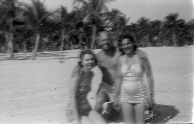 #293 Isabelle & Virginia & Rowland (maybe Florida) Jan'52