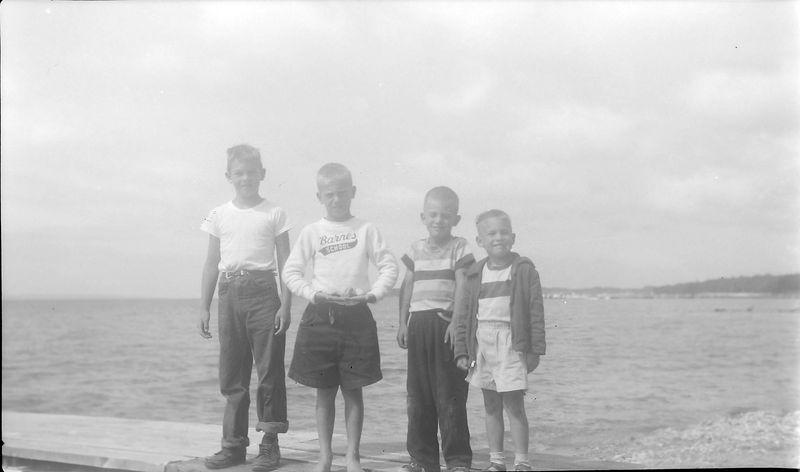 #224 Ricky & Victor Porter & Winston & Malcolm Stebbins at Roaring Brook Aug'51