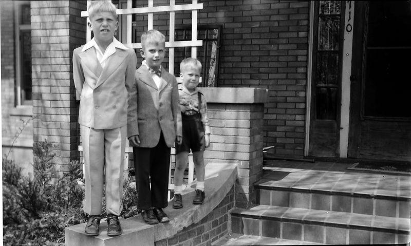 #72 Winston&Malcolm&Kenyon Stebbins 1710 MRD 18 April'52