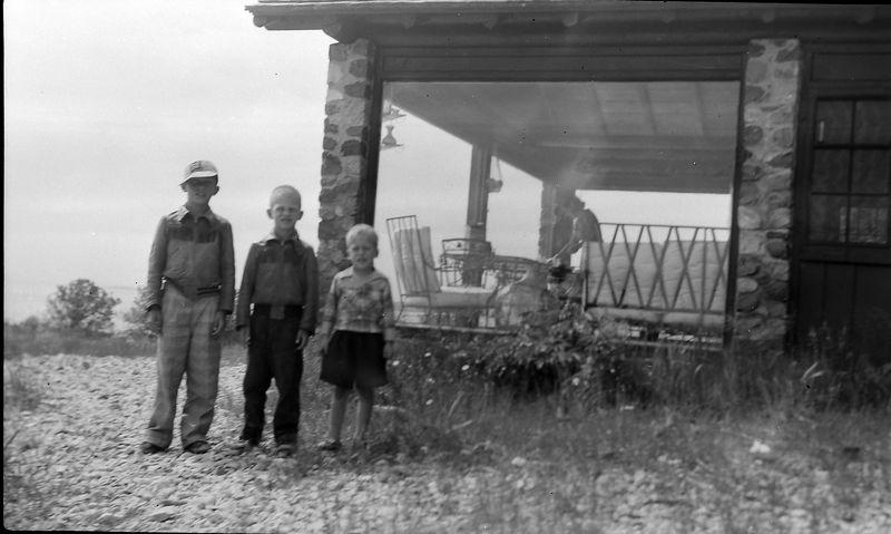 #96 Virginia-Winston-Kenyon-Malcolm Stebbins at Presque Isle Mi 3 July'52