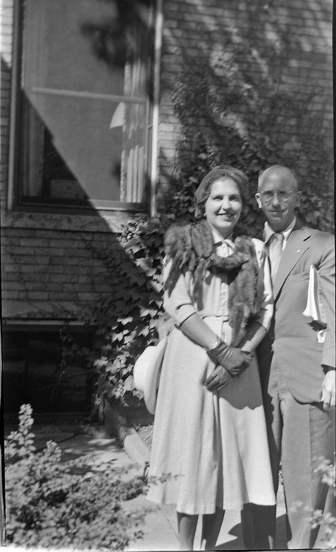 #107 Virginia & Rowland Stebbins 1710 MRD Lansing Sept'52