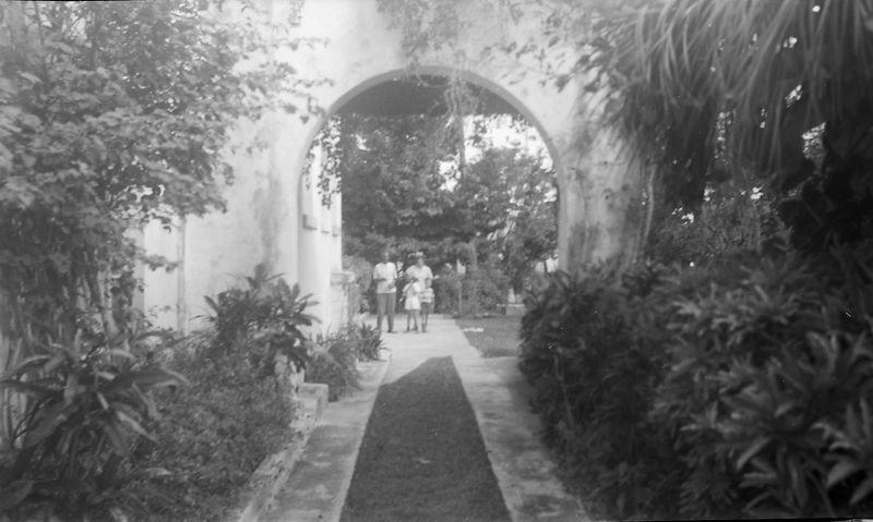#10 Robert Simmons-VIrginia-Winston_Malcolm Stebbins 915 Castile Coral Gables Fl Jan'52