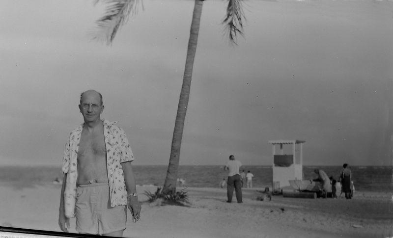 #130 Rowlans Stebbins at Crandon Park Coral Gables Fl 9 Nov'52