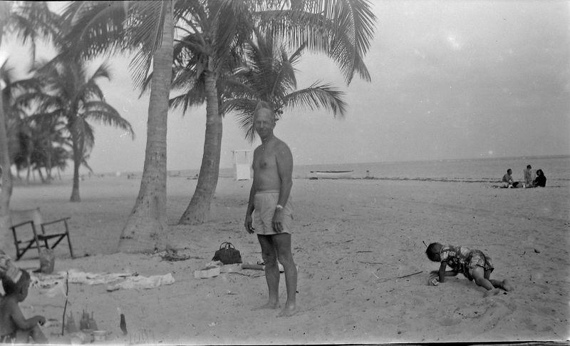#24 Rowland & Malcolm Stebbins Coral Gables Fl Jan'52
