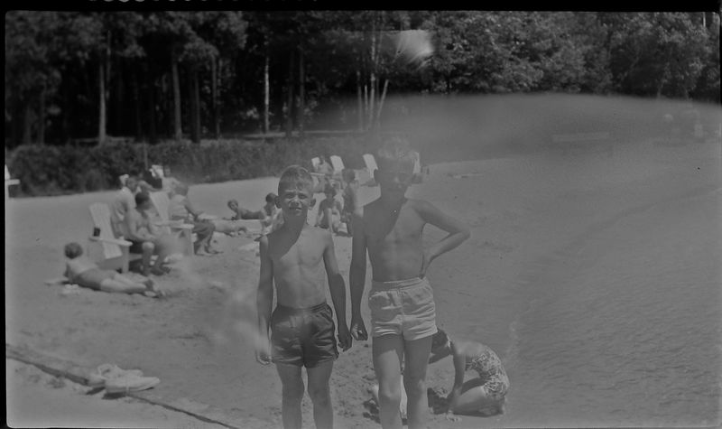 #22 Malcolm&Winston Stebbins Roaring Brook Dock July'54