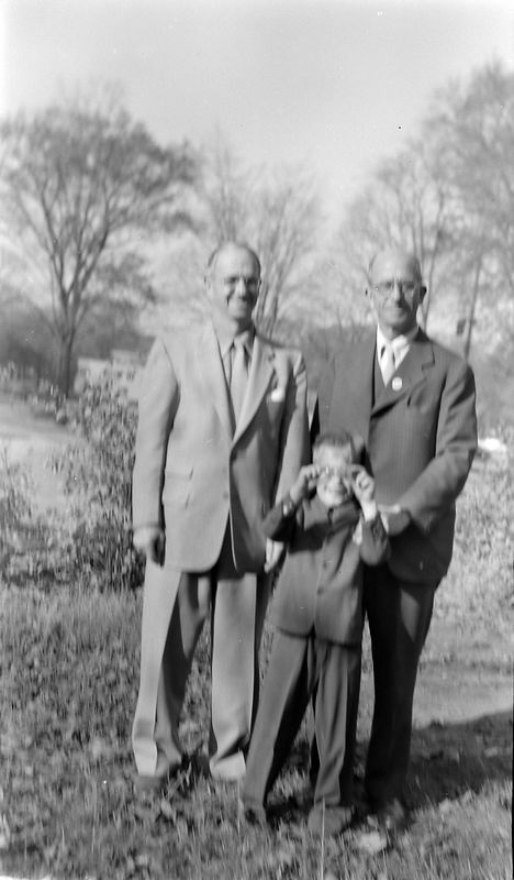 #81 George-Kenyon-Rowland Stebbins 109 N Walnut 5 March'55