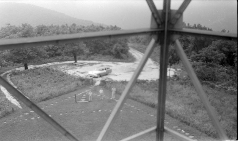 #219 Winston-Malcolm-Kenyon Stebbins atop Magazine Mt Ark 21 June'58