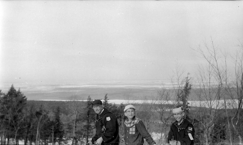 #141 Rowalnd& Malcolm&Kenyon Stebbins Porkies 25 Feb'58