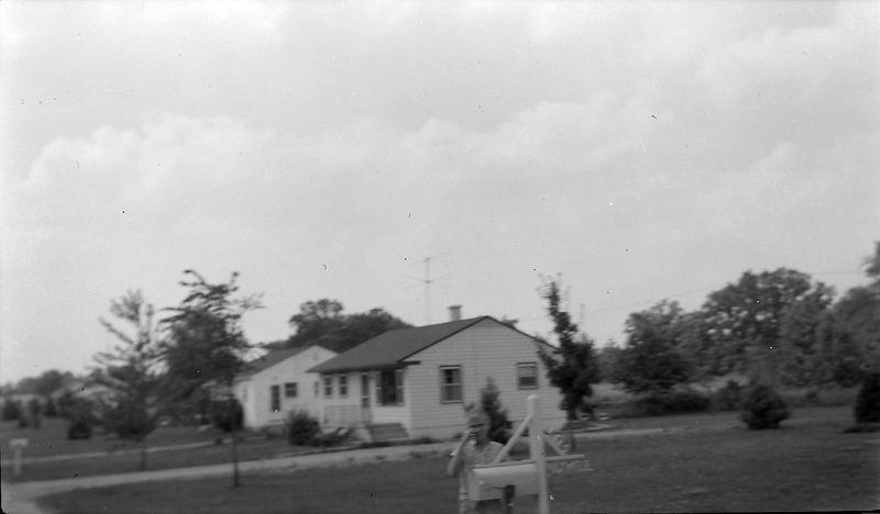 #147 Kenyon Stebbins at Charlie Maxwells house - PawPaw Spring'61