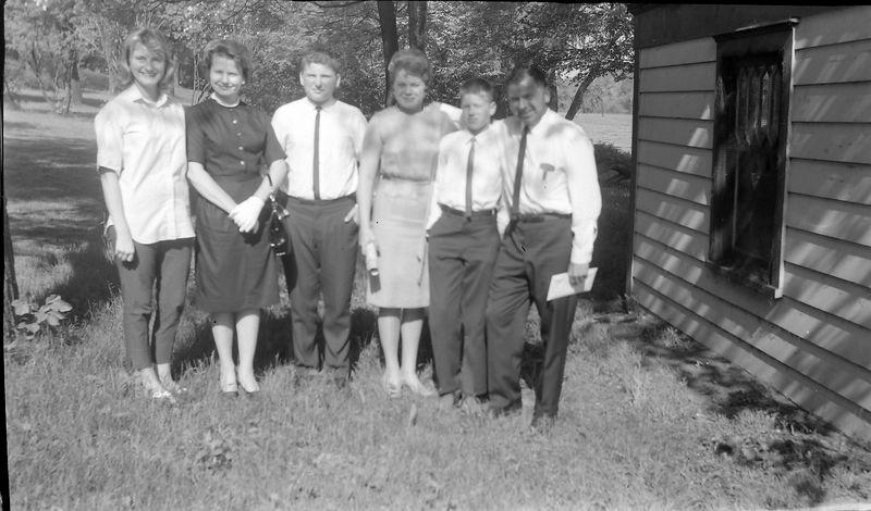 #97 Hallie Wright &Mrs&Fred&Karen&Ward-Jr&Ward-Sr Walstrom 1710 MRD 20 May'62