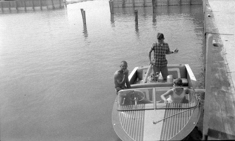 #149 Fred Manson & Winston Stebbins & Karin Walstrom in ME-2-II 8 July'63