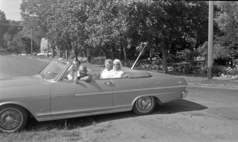 #140 Stowell&Francis&Marie&Annette Harbor Springs 4 July'63