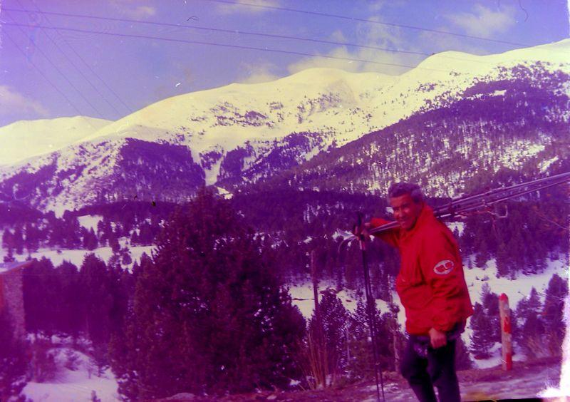#145 Gino Parisi ski pro Super La Molina Spain