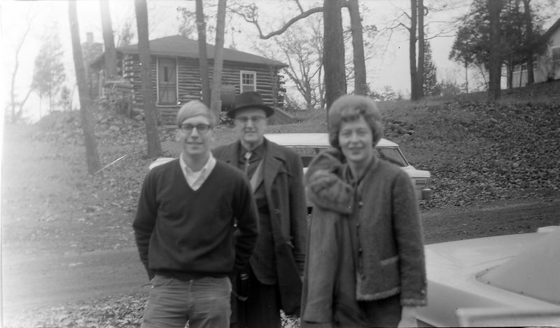 #188 Kenyon Stebbins & Dave Bishop & Janet McDonald Halfmoon Lake Cottage Nov'65