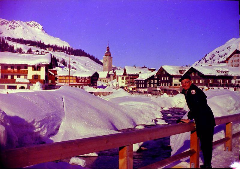 #136 Rowland Stebbins European Skiing 1968