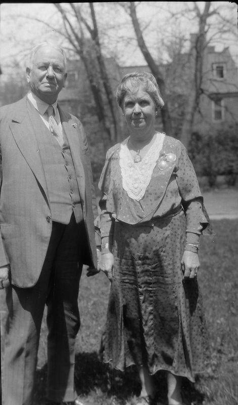 #127 Mr & Mrs A C Stebbins at 109 N Walnut St Lansing MI
