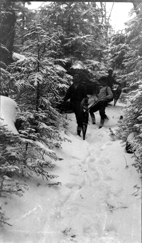 67m outing - men with snowshoes