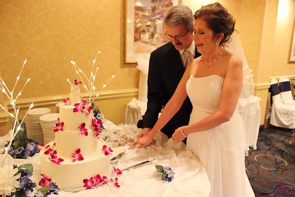 Cutting the Cake (5)