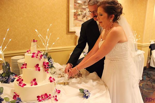 Cutting the Cake (4)