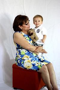 Dora Fam Portraits (21)