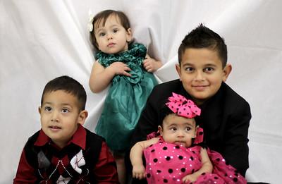 Family Portrats (2)