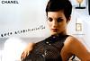 CHANEL Coco Mademoiselle Eau de Toilette 2003 Spain spread '«La nouvelle  Eau de Toilette»' (text hyphened)