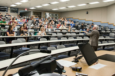 FM_Humanities_Lecture_hr_2986