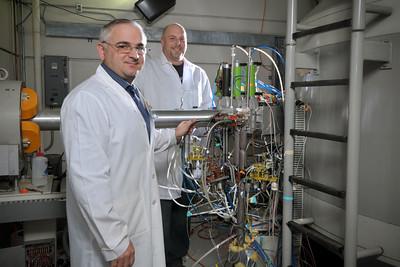 Erol_Bars_Mark_Kaczmarek_Nuclear_Medicine_Cyclotron_4075