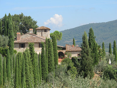 C131 - GREVE IN CHIANTI, ITALY - Stone Farmhouse divided in 2 Apartments with 2 Swimming Pools