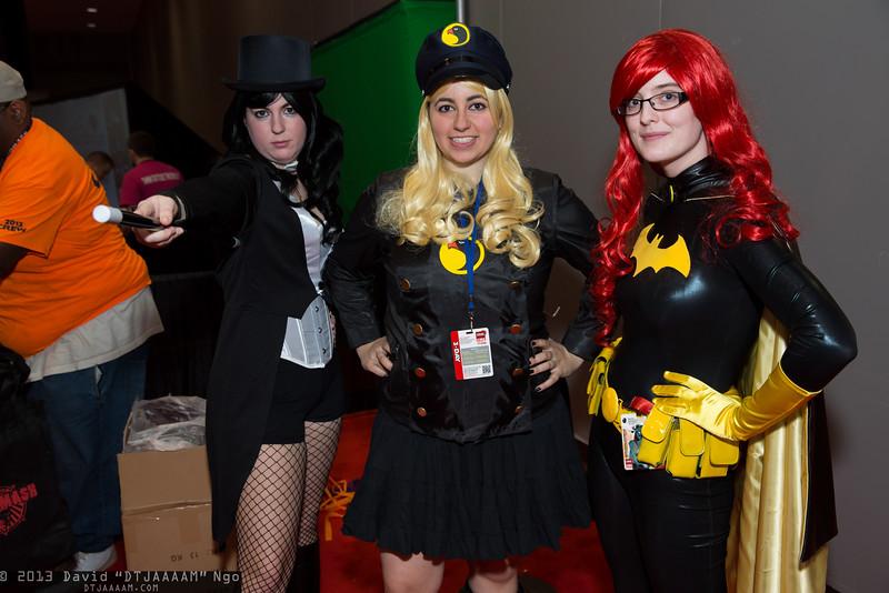 Zatanna, Lady Blackhawk, and Batgirl