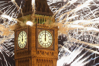 "(From newsfeed) Fireworks light up the London skyline and Big Ben just after midnight on Jan. 1 in London. Thousands of people lined the banks of the River Thames to ring in the New Year.  Dan Kitwood / Getty Images (from MSNBC ""New Year's Around the World"")"