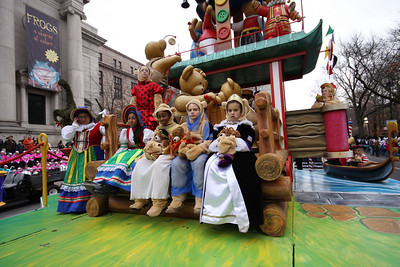 The Build-a-Bear workshop float
