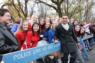 I didn't know who Jay Sean until after the parade, but the screaming girls indicates that he is somebody famous (at least to teens).