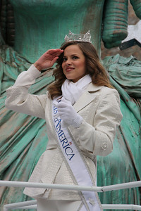 Miss America Katie Stam on the Statue of Liberty float