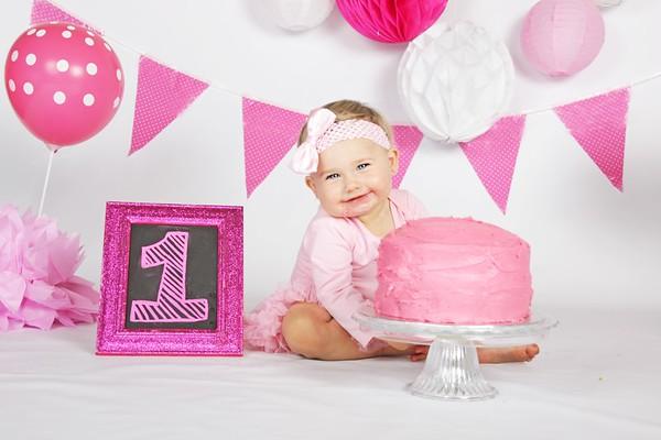 Mikayla's 1st Birthday Cake Smash
