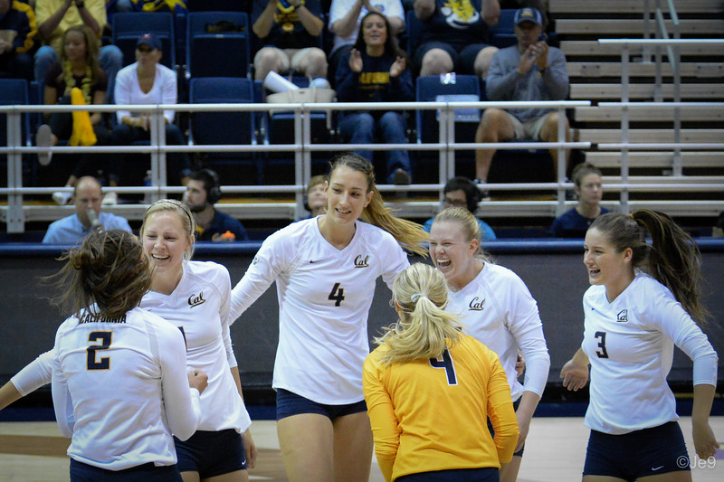 2015-09 Cal VB vs UCLA (Close-ups & Jumbo tron)-32
