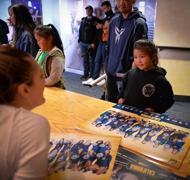 2016-10 Cal VB autographs-4