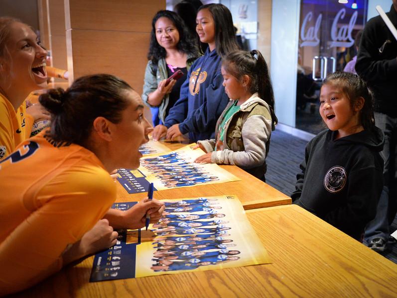 2016-10 Cal VB autographs-6