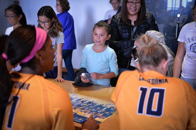 2016-10 Cal VB autographs-3